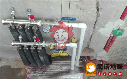 富民公寓海诺地暖分水器施工效果图