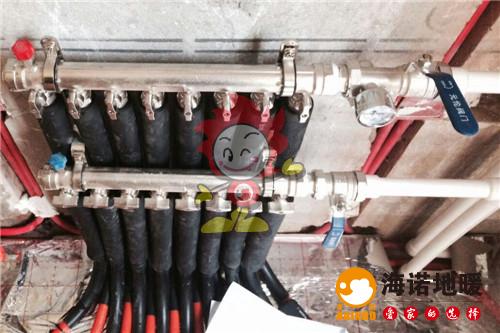 湖语公园海诺地暖分水器施工效果图