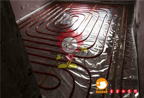 金海湾花园海诺地暖盘管施工效果图